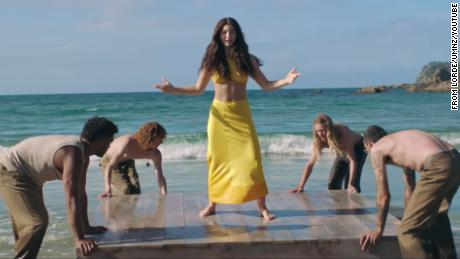 Lorde laisse tomber «Énergie solaire» vidéo