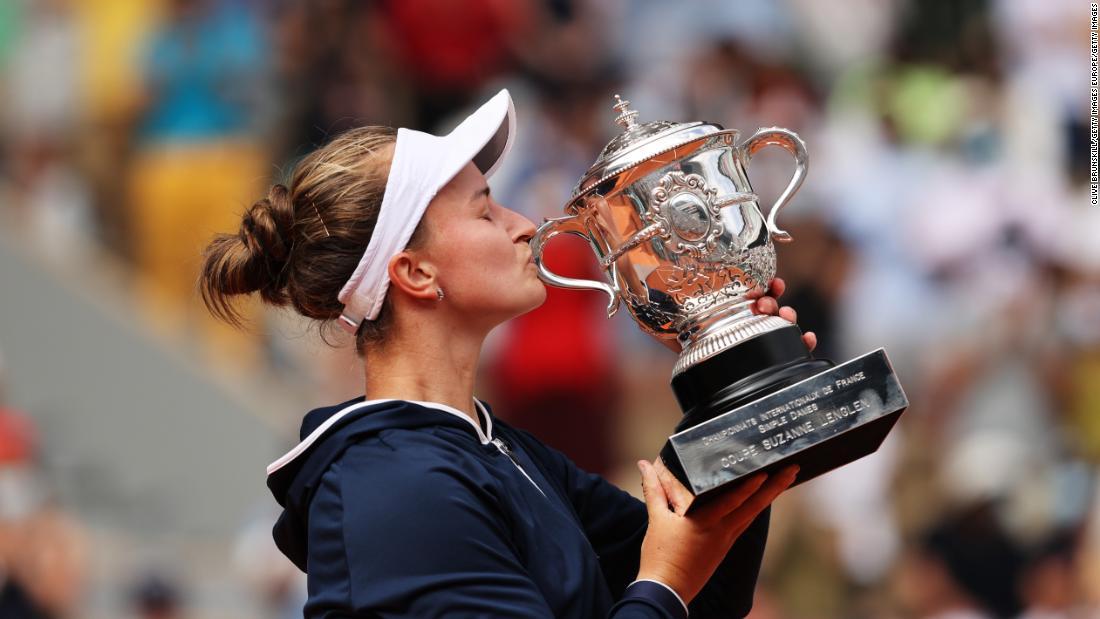 Barbora Krejcikova beats Anastasia Pavlyuchenkova in roller coaster French Open final to win first grand slam