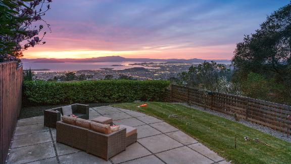 This home in Berkeley, California sold for $1 million more than its list price, doubling the price of the home.