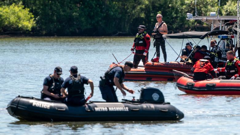 Investigators release preliminary report on plane crash that killed 7, including a Christian diet guru and 'Tarzan' actor