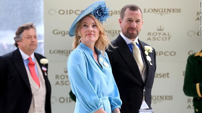 File foto Peter dan Autumn Phillips di Royal Ascot pada tahun 2019