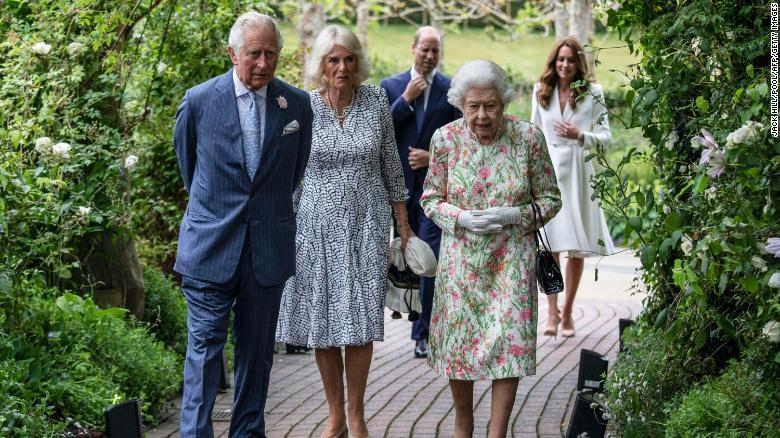 Ratu dan bangsawan senior lainnya menghadiri resepsi dengan para pemimpin G7 di The Eden Project di barat daya Inggris pada 11 Juni