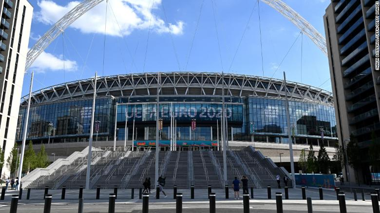 Euro 2020 semifinals and final present Boris Johnson with new 'public health' issue