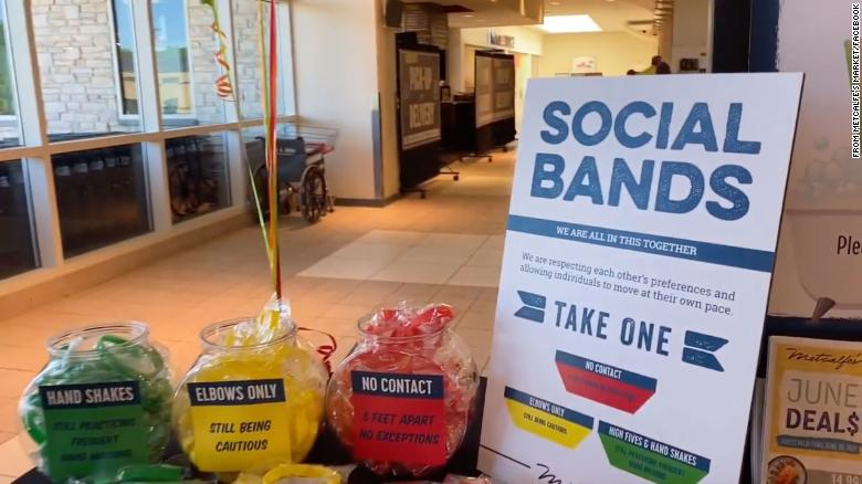 Store offers color-coded bracelets to show social distancing comfort levels