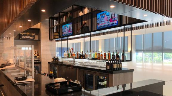 There's only one bar in the Amex Centurion Lounge at LaGuardia.