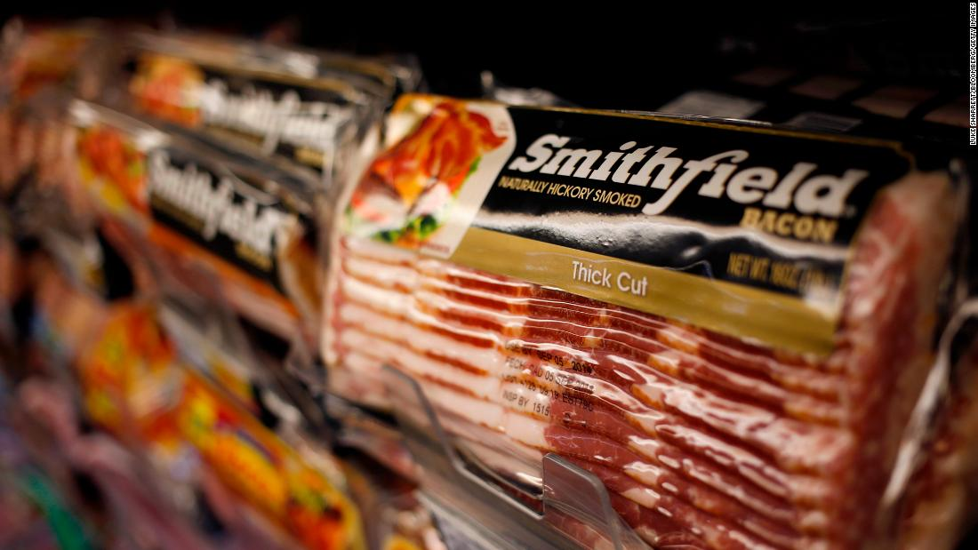 Advocacy group accuses Smithfield Foods of falsely warning of meat shortages