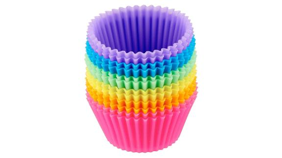 Silicone resusable cupcake tins