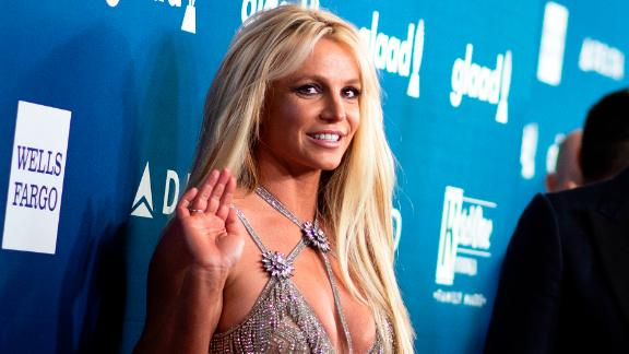 Singer Britney Spears attends the 29th Annual GLAAD Media Awards at the Beverly Hilton on April 12, 2018 in Beverly Hills, California. / AFP PHOTO / VALERIE MACON        (Photo credit should read VALERIE MACON/AFP via Getty Images)