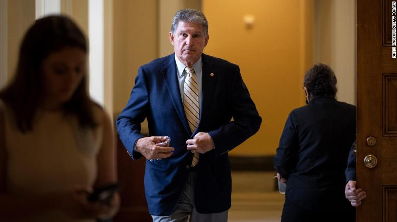 Manchin meets with Texas Dems and says he wants pared-down voting rights bill