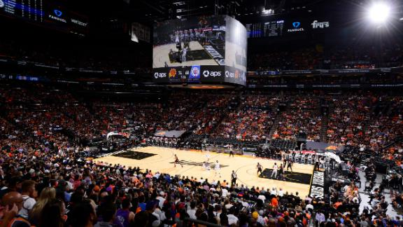 The Phoenix Suns battle the Los Angeles Clippers in Game 1 of the 2021 Western Conference Finals.