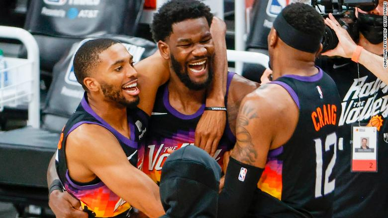 Deandre Ayton's last-gasp alley-oop hands Phoenix Suns dramatic Game Two win