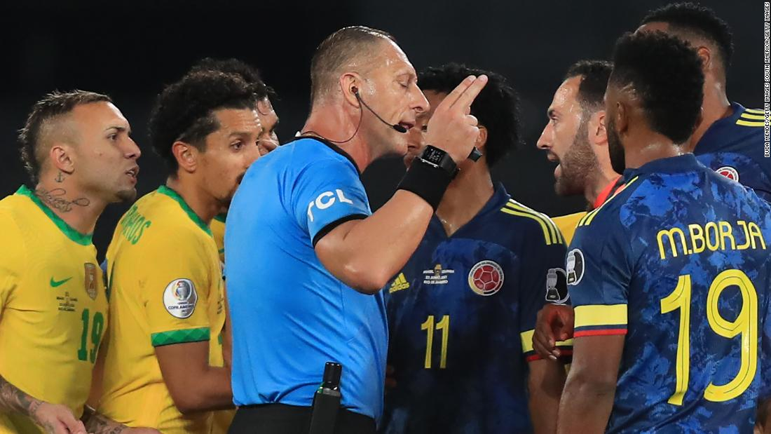 Photo of Referee controversy overshadows Brazil's Copa América win over Colombia   CNN