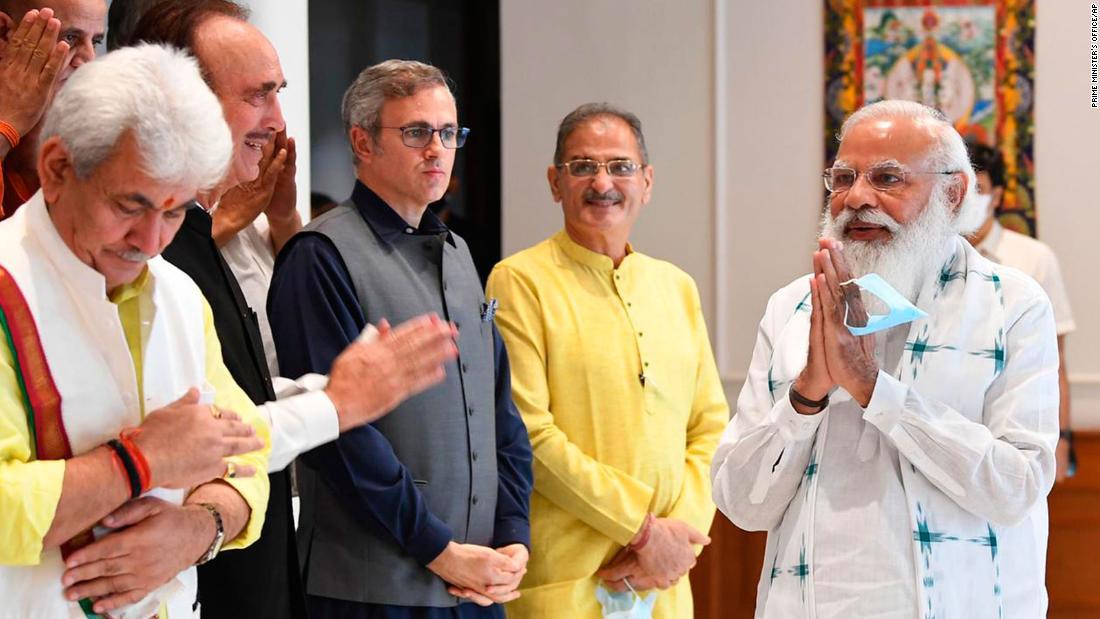 Modi holds talks on Kashmir elections