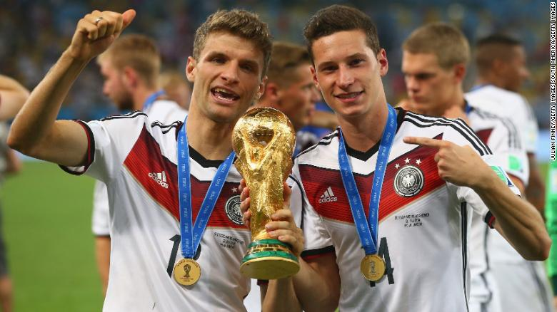 Jerman telah menikmati lebih banyak kesuksesan daripada Inggris dalam beberapa tahun terakhir, memenangkan Piala Dunia 2014