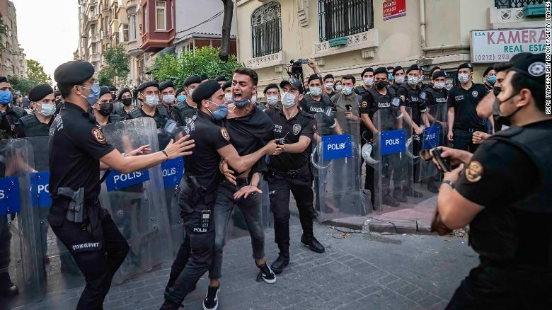 Turkish police fire tear gas to disperse Pride march in Istanbul