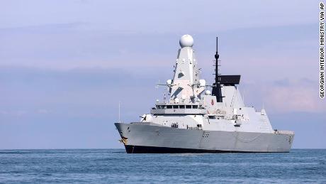 La copertura navale russo-britannica mostra Putin al limite