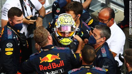 Verstappen and his teammates  celebrate after winning Styrian Grand Prix.