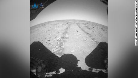 China lanza nuevas imágenes del rover Zhurong Mars