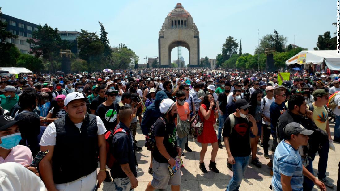 Mexico decriminalizes recreational use of cannabis