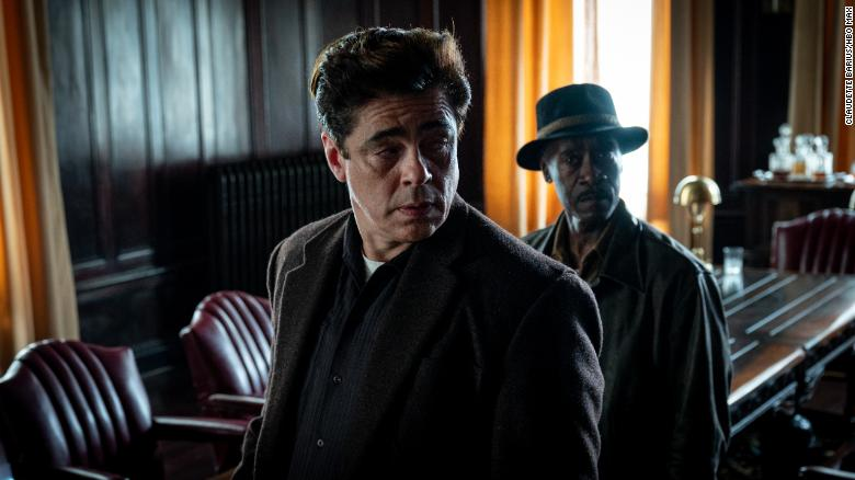 'No Sudden Move' revives the 1950s crime thriller for the streaming age