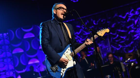 Costello suggested his own song had been influenced by Bob Dylan, who had himself been inspired by Chuck Berry.