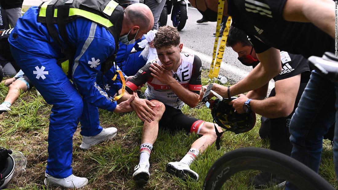 210630100410 01 tour de france crash 0628 super tease