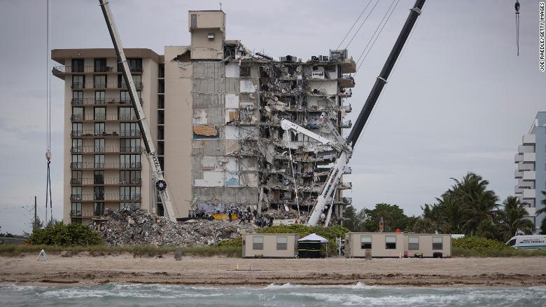 Some Champlain Towers condo board members quit in 2019 over sluggish building repairs, outlets report