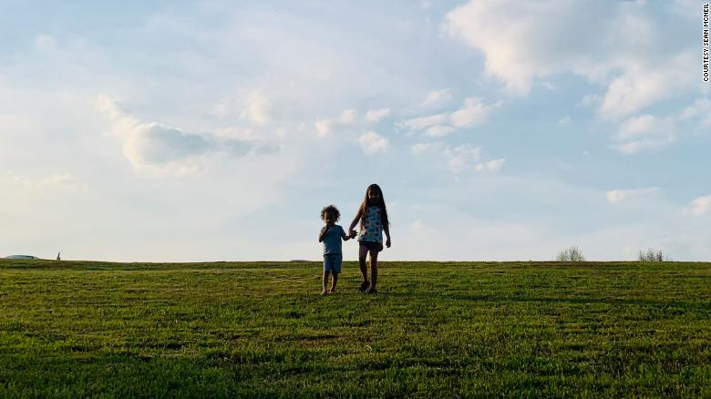 Muncul dari isolasi pandemi bisa menjadi penyesuaian yang sulit bagi anakanak Anda