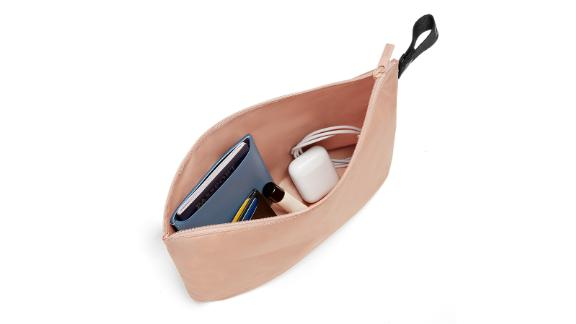 The Organizational Pouch
