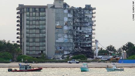 A 2020 report found Surfside condo lacked funds for necessary repairs. One expert called it a 'wake-up call'