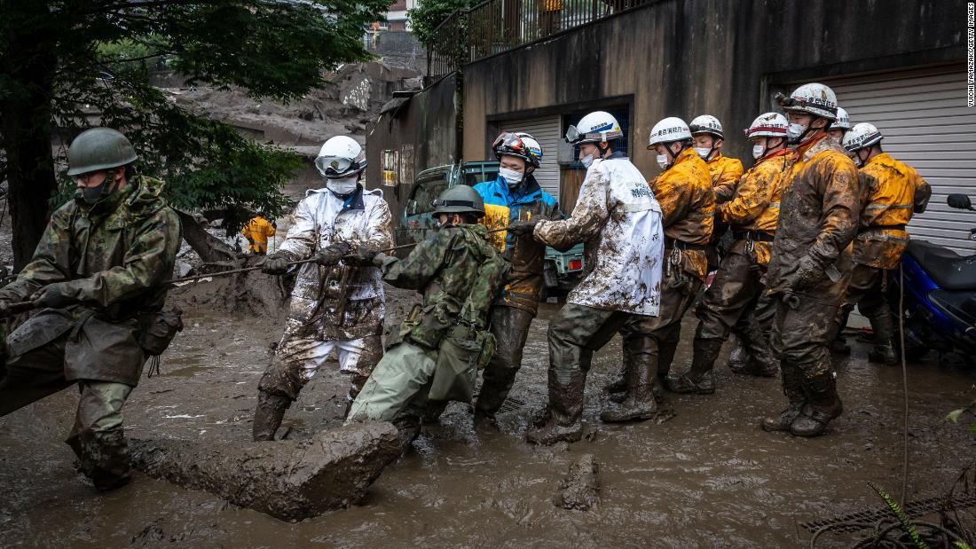 80 people feared missing in deadly 'tsunami' mudslide