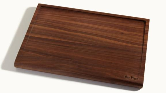 The Walnut Cutting Board