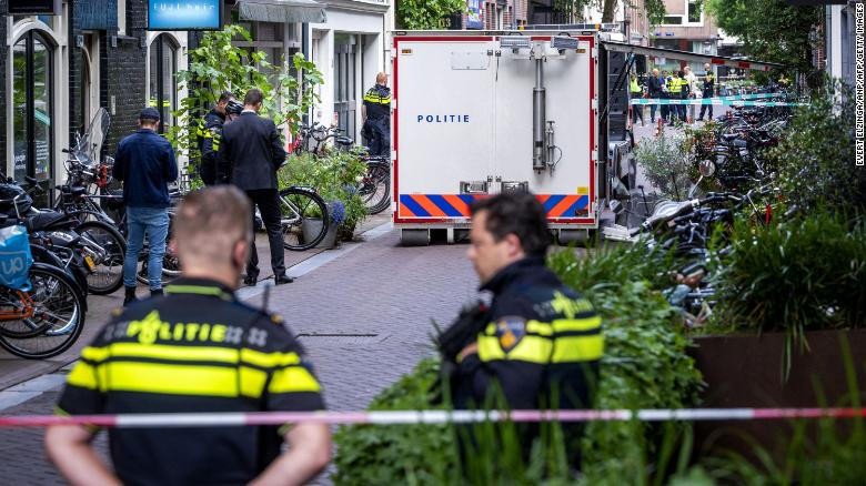 Dutch crime reporter De Vries fighting for his life after shooting