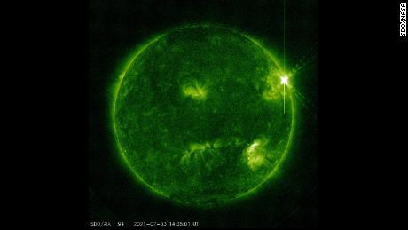 Massive X-class solar flare erupted from sun