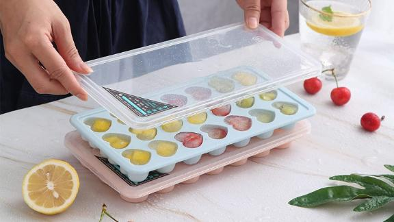 Silicone Ice Cube Trays With Lids, Set of 3