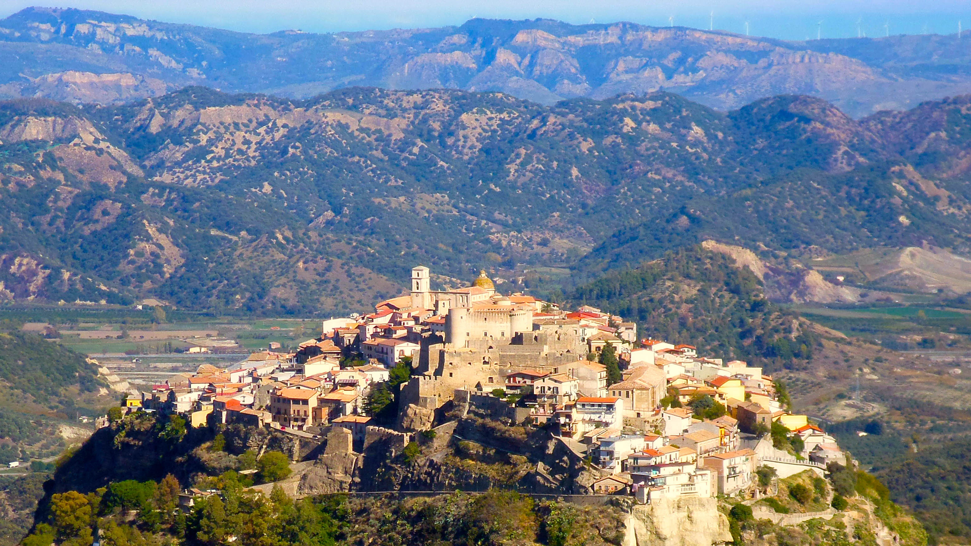 These pretty Italian villages will pay you $33,000 to move in | CNN Travel