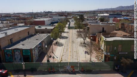 Una calle en el barrio Durangito del centro de El Paso.