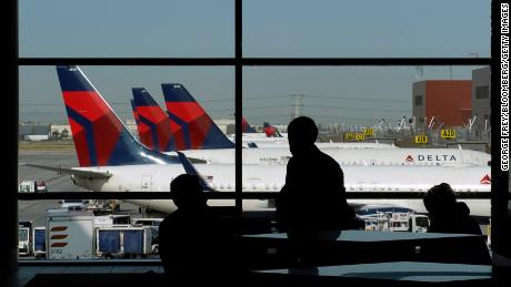 As airlines flirt with profitability, analysts say it's time for investors to climb aboard