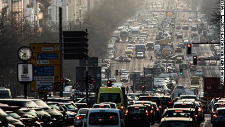 Europe aims to kill gasoline and diesel cars by 2035
