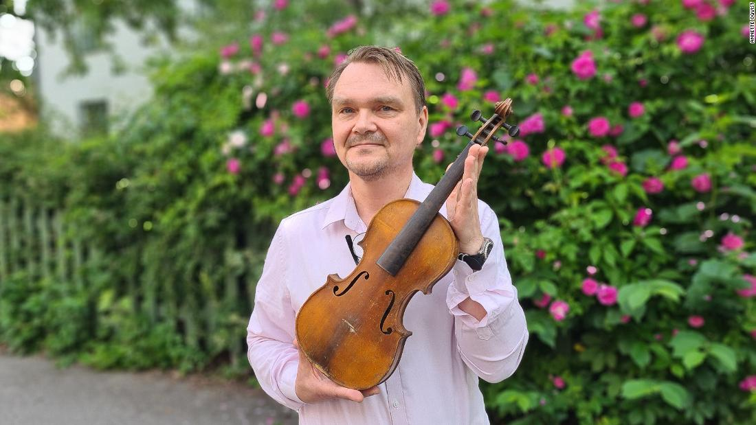 Solving the mystery of a 140-year-old thrift store violin