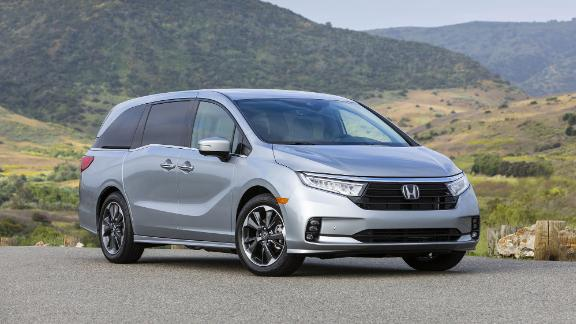The Honda Odyssey is lauded by critics for its relatively good driving dynamics.