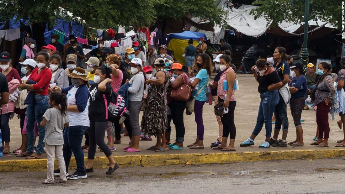 Biden administration to resume fast-track deportation procedure for migrant families – CNN