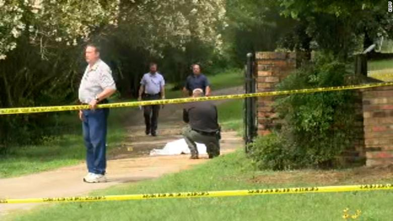 Texas authorities search for a suspect in apparent quadruple homicide
