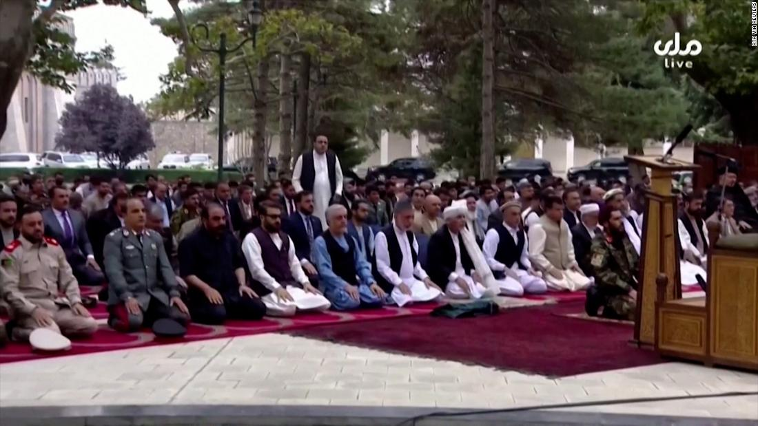 Afghan president continues praying as rockets land nearby
