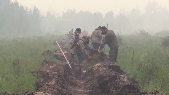 siberia russia wildfires climate crisis Brunhuber ctw pkg intl ldn vpx_00003508.png