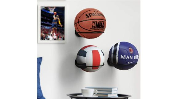 Kesito wall mount for basketball / volleyball / soccer