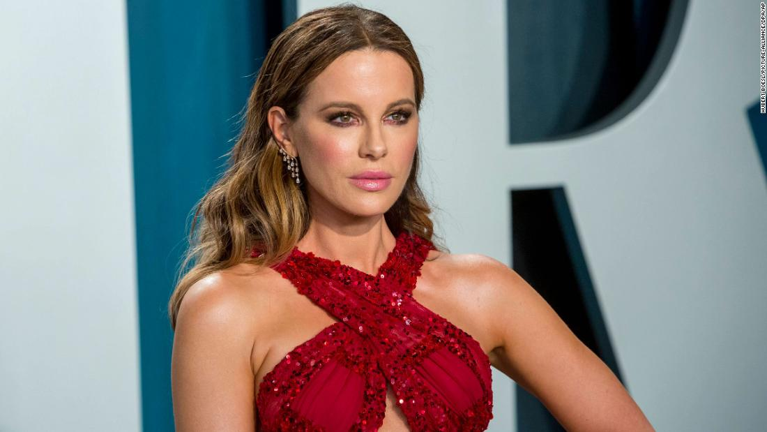 Kate Beckinsale says she's 'never' been on a real date
