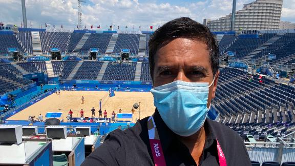 """""""Beach Volleyball! Once again: I almost have the entire place to myself. Making sure to cheer extra loud!"""""""