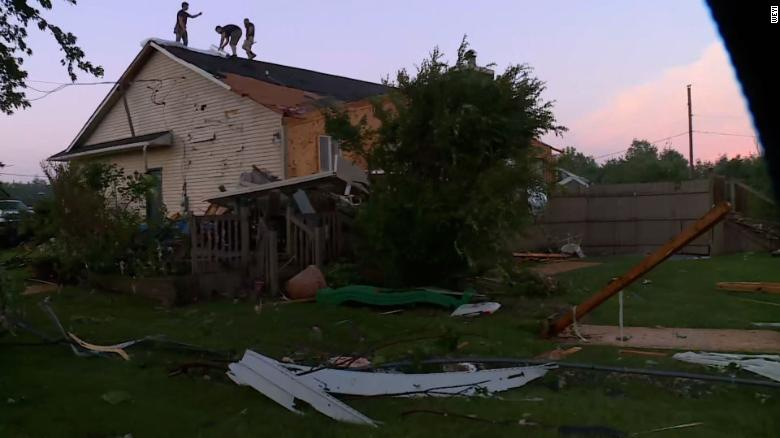 At Least 125,000 Without Power After Severe Storms in Michigan