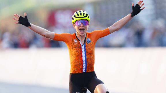 Annemiek van Vleuten took silver in the women's road race at the Tokyo Olympics.